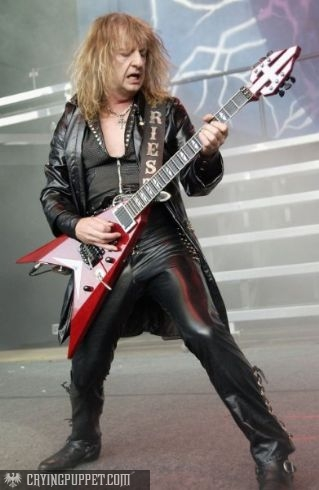 photo-judas-priest-guitar-k-k-downing