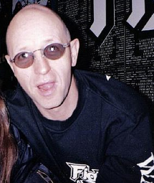 Rob Halford вокалист Fight о втором альбоме группы Fight - A Small Deadly Space - журнал Metal Hammer 1995г.